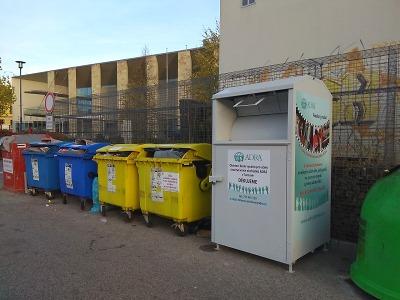 Třídit odpad smí jen zdravé domácnosti