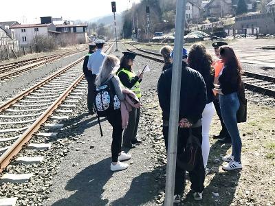 Policisté kontrolovali v Pojizeří i kraji železniční přejezdy a nástupiště