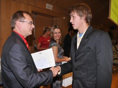Liberecký kraj ocenil rekordních 103 nadaných žáků a studentů