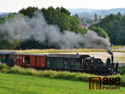 Obrazem: Jízda Krakonošova letního parního vlaku