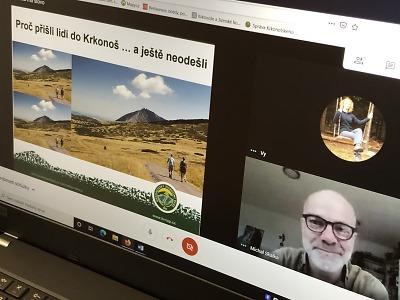 Krkonošský národní park proniká on-line do škol