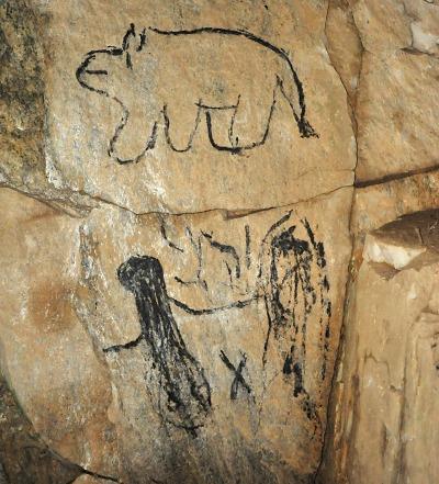 Vandalové poničili ústí Albeřické jeskyně a ohrozili netopýry
