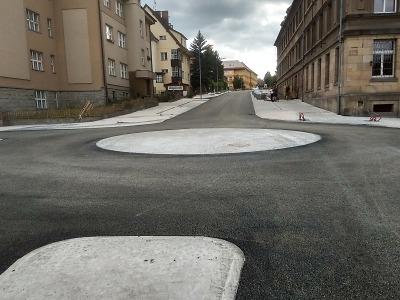 Obrazem: Jak vypadá nová kruhová křižovatka v Jilemnici