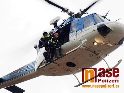 Obrazem: Letecké cvičení složek IZS v Semilech