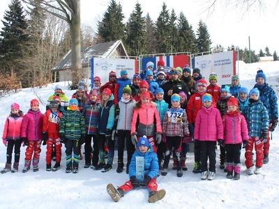 Lízátkových závodů se na Benecku zúčastnilo 131 malých lyžařů