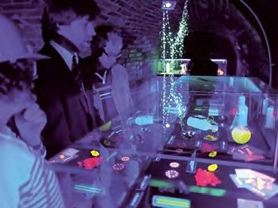 Luminiscenci – cestu světla najdete ve sklepeních turnovského muzea