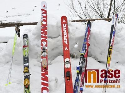 Policie hledá lyžaře, který po střetu s dalším lyžařem v Rokytnici ujel