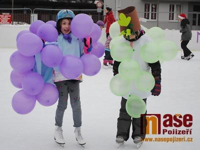 Obrazem: Maškarní karneval na semilském kluzišti 2019