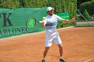 Tenista Marek Michalička má z Jablonce hattrick