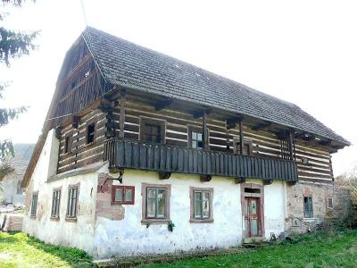 Památky roku 2016 má Liberecký kraj v Bradlecké Lhotě a ve Svijanech
