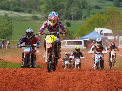 Třetím závodem v Trutnově pokračoval seriál Motocross cup