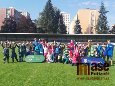 Fotbalový nábor přilákal na semilský stadion 272 dětí