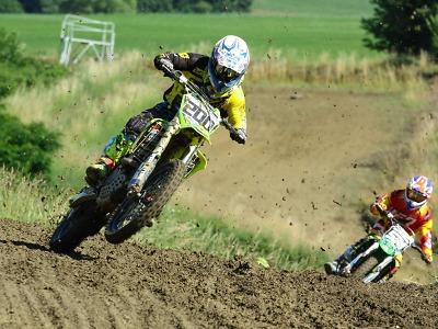 Dolní Bousov přivítal čtvrtý závod seriálu Motocross cup