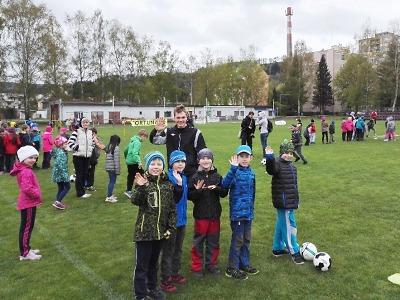 Fotbalový nábor přilákal na semilský stadion 250 dětí