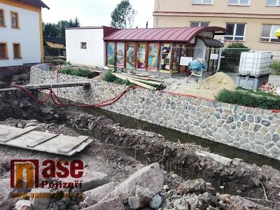 Obrazem: Jak v září pokročila revitalizace náhonu v Semilech