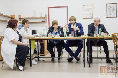Ministr zdravotnictví Vojtěch přislíbil nemocnici ve Vysokém podporu