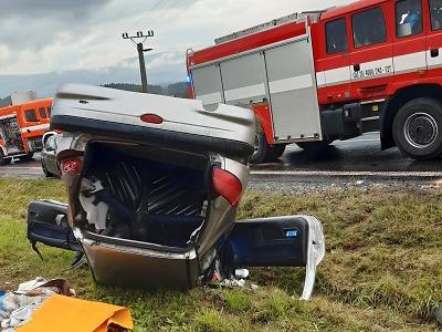 Mezi Studencem a Dolní Brannou došlo ke srážce dvou aut