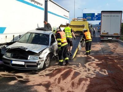 Provoz na I/35 v Liberci ochromila havárie tří vozidel
