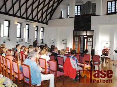 FOTO: Noc kostelů v Semilech propojilo téma Útěk