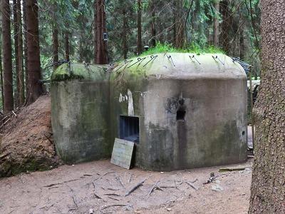 Řopíky v lesích pod Štěpánkou připomínají pohnuté září roku 1938