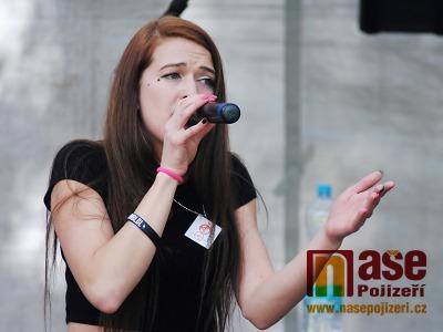 FOTO: Ostrov Art Fest 2018 přilákal do Semil hudbu různých žánrů