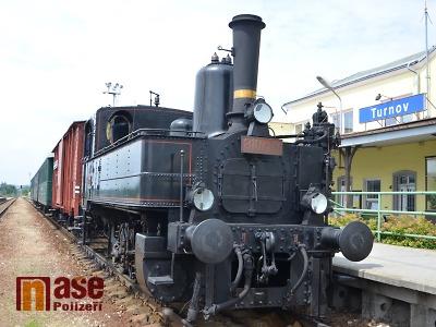 Parní vlaky opět o prázdninách brázdí koleje v Českém ráji