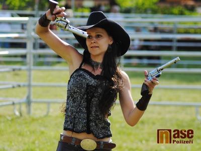 Fotovideo: Colt show Romanita na Westernovém dni