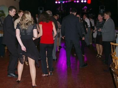 Březnové plesy zakončí taneční sezonu