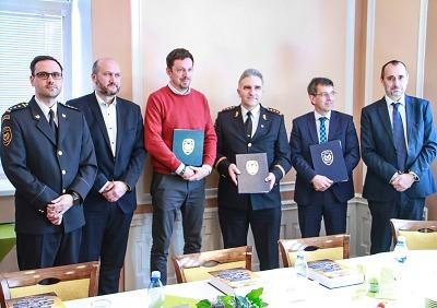 Energetici a hasiči podepsali dohodu o spolupráci