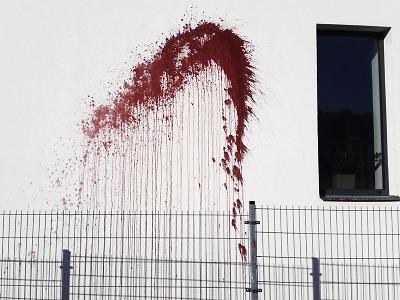 Během tří let dům v Turnově dvakrát polili barvou