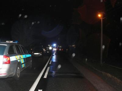 Policie žádá o pomoc svědky nehody, při níž zemřel u Turnova chodec