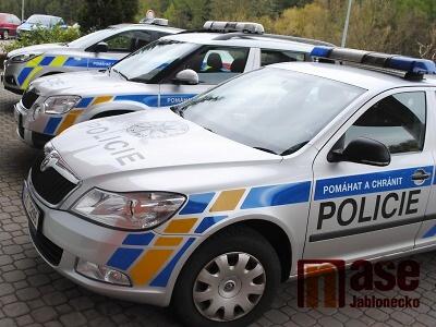Ve Vratislavicích ubodali ženu, policie pátrá po dvou útočnících
