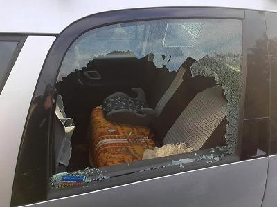 Turnovští policisté řešili v posledních dvou týdnech pět vloupání do aut
