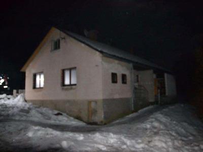 V Příkrém u Semil hořel v noci rodinný dvojdomek