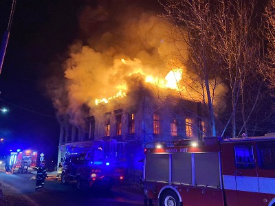 Hořel neobydlený dům v Pěnčíně – Huti