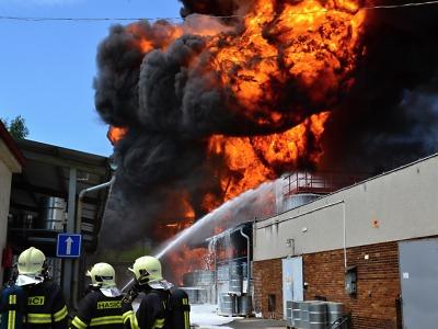 Požár Severochemy způsobil zaměstnanec, který kradl chemikálie