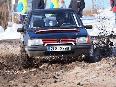 FOTO: Rallyshow na Kozákově přilákala 30 jezdců a mnoho diváků