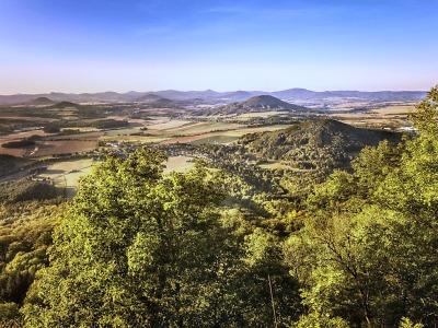 Na kole územím nikoho – i to nabízí Geopark Ralsko
