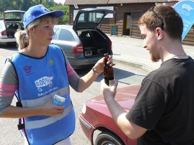Policisté zkontrolovali u Ktové 40 řidičů. Dostali nealko pivo a alkotester