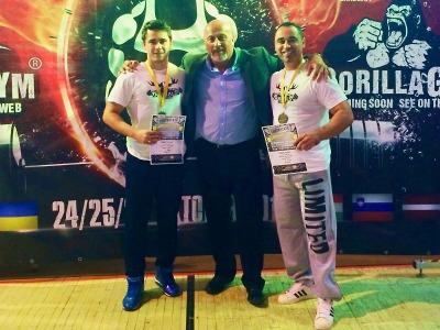 V Bardějově zacinkalo pro semilské powerliftery šestkrát zlato!