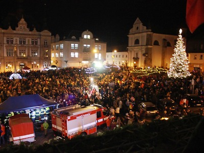 Vánoční jedličku v Turnově rozsvítili tradičně v první adventní neděli
