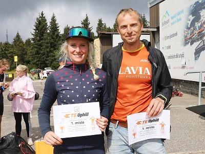 Závodníky na kolečkových lyžích čekaly náročné výjezdy v Krkonoších