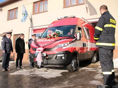 Jednotka SDH Železný Brod - Jirkov má nové vozidlo
