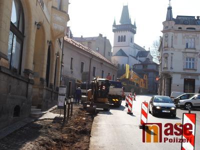 Rekonstrukce Husovy ulice v Semilech začala, průjezd je částečně omezen