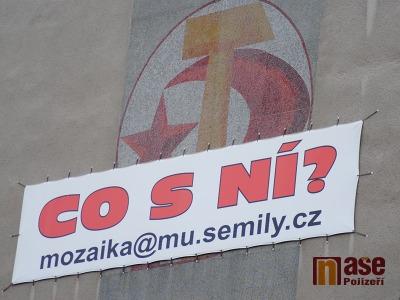 Symbol komunismu zůstává na semilském náměstí