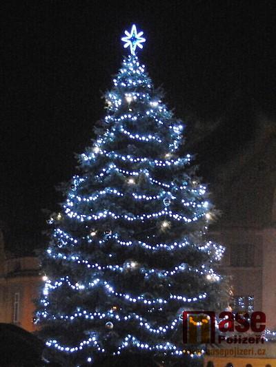 Anketa: Nejhezčí vánoční strom 2018 mají podle čtenářů v Semilech