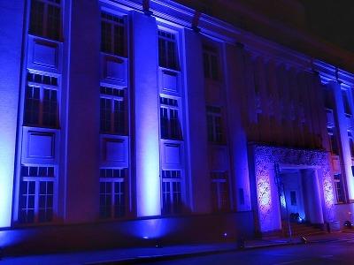 Modrá barva opět po roce rozzáří oblohu u energetiků na severu Čech