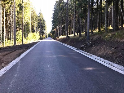 Řidiči se dočkají oprav silnic v Mimoni, Benecku, České Lípě i Jablonci