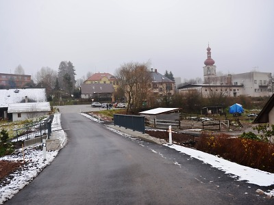 FOTO: V Nové Vsi nad Popelkou otevřeli zrekonstruovanou silnici