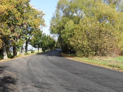 Silnice v Mříčné, Janově a Roztokách se dočkají nového povrchu